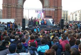 Recollida d'aliments de MEG. Font: Minyons Escoltes i Guies de Catalunya